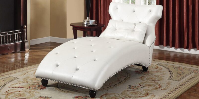 Modish Lounge Chaise In Pearl White Leatherette